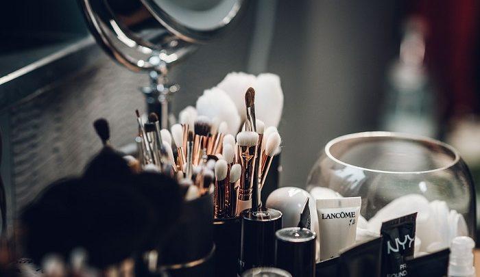Ingredientes tóxicos y químicos en cosmética y maquillaje que debes evitar